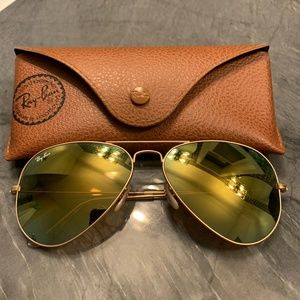 Auth Ray Ban Aviator rose gold with mirror green